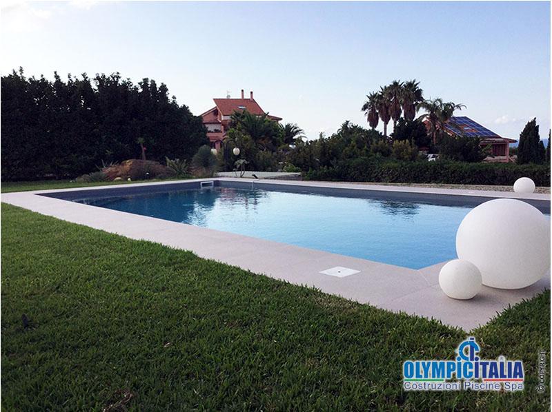 Costruzione piscina prefabbricata Messina