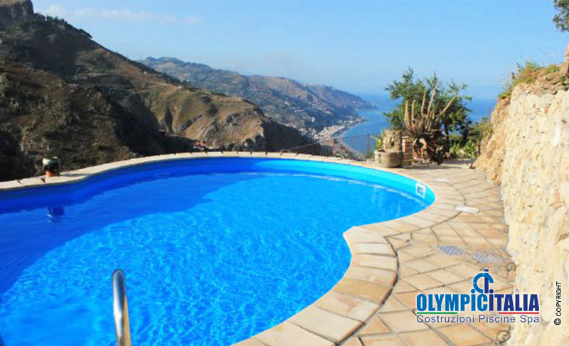 Costruzione piscina casa vacanza taormina